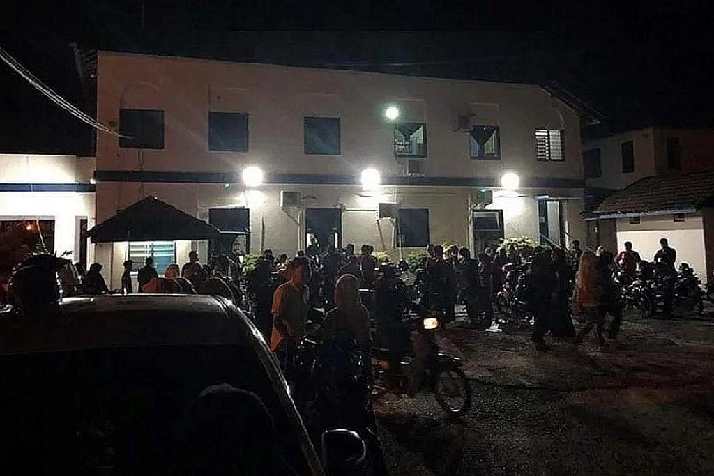 Serbu stesen pengangkutan, balai polis untuk keizinan balik kampung