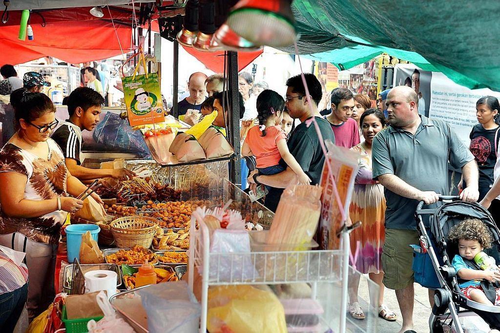 Usaha bantu peniaga bazar teruskan jualan cara lain