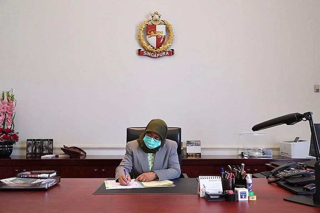 Presiden Halimah luluskan belanjawan susulan $53.5 bilion tangani Covid-19