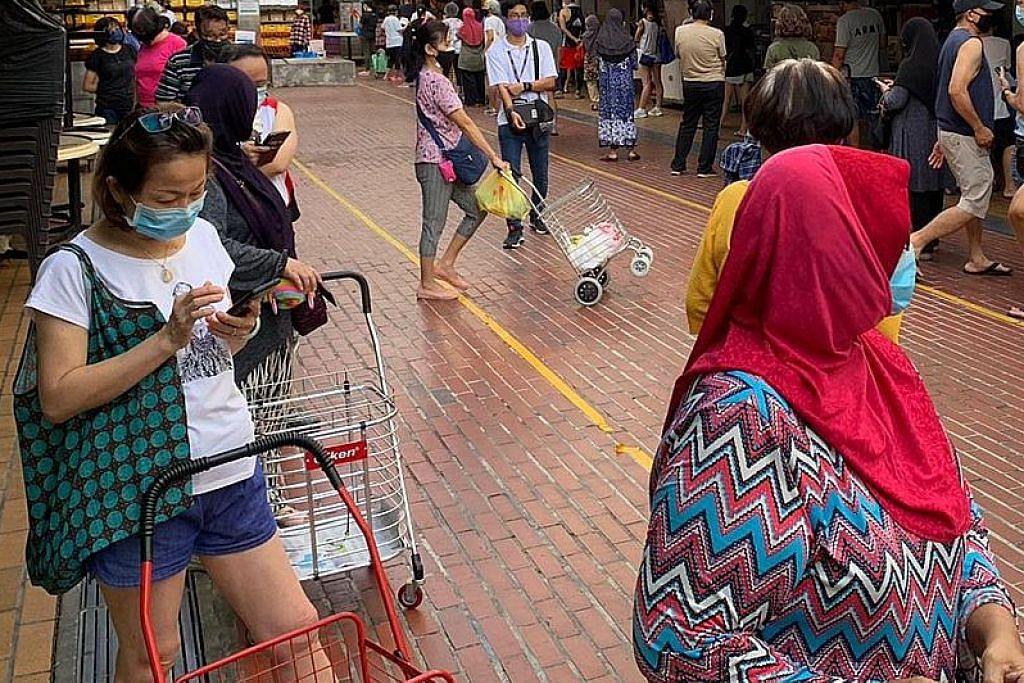 Peniaga, pengunjung sambut baik langkah tambahan di pasar