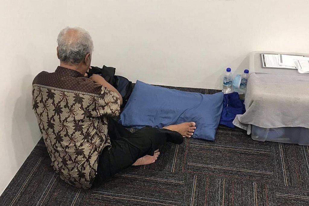 Tidur dalam bas, pusat makanan dek belum boleh pulang ke Batam