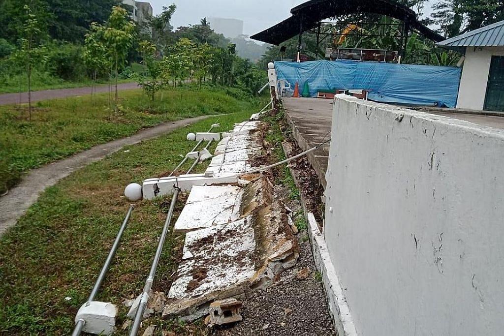 Tembok Masjid Hang Jebat roboh, ibadah tidak terjejas