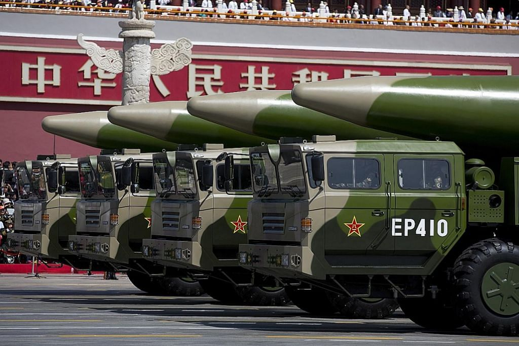 China lancar peluru berpandu, AS umum sekatan dagang