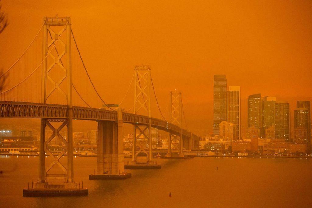 Langit California bertukar jingga dek kebakaran liar