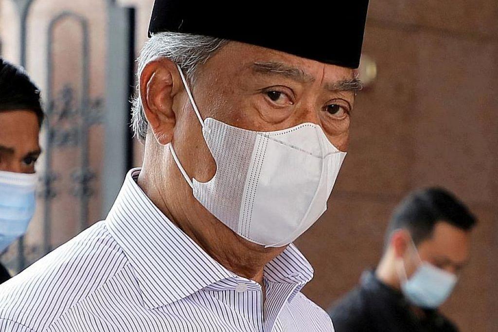 Umno dilapor bincang kemungkinan gantikan Muhyiddin