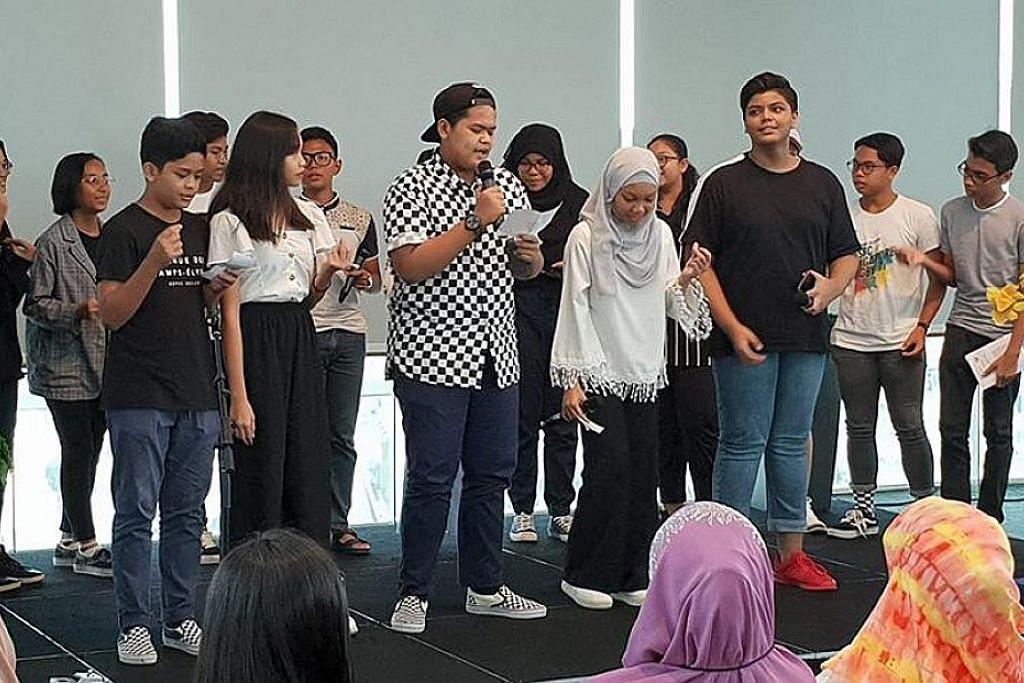 Tinjauan khas Berita Minggu: Belia dan bahasa Melayu
