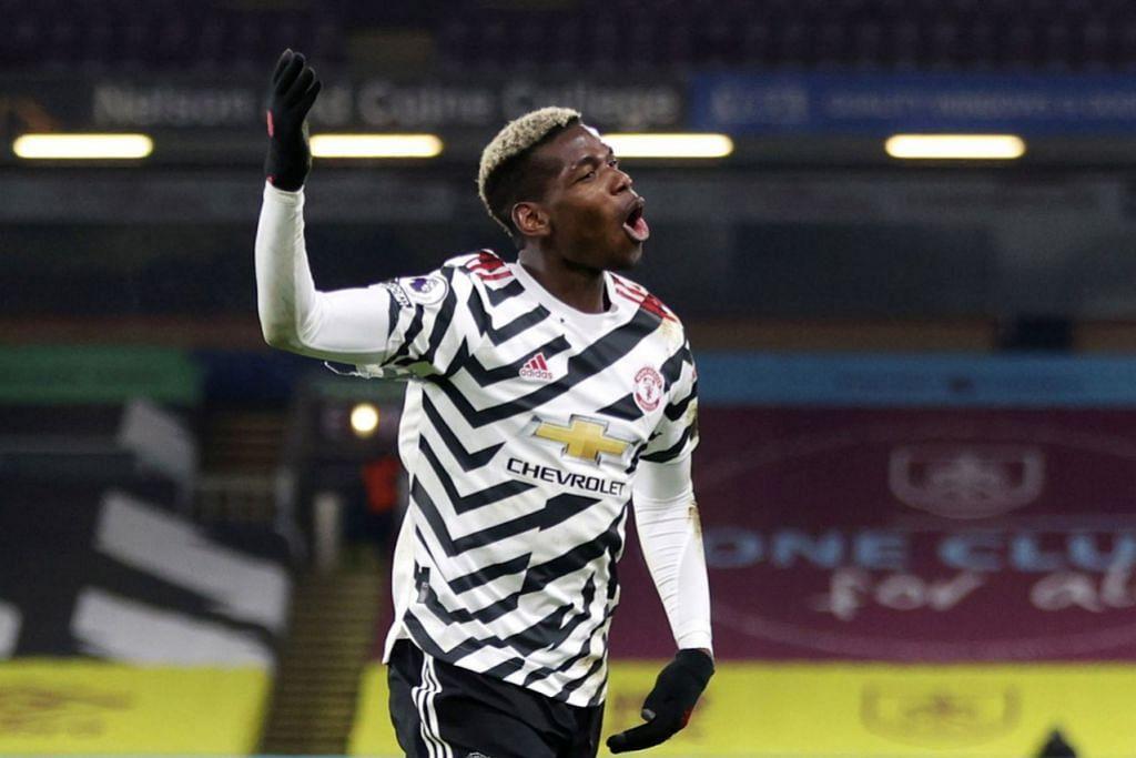 FOKUS MENJADI HEBAT: Paul Pogba menyambut golnya bersama rakan sepasukan. Gol tunggal Pogba dalam kemenangan 1-0 Manchester United ke atas Burnley di Turf Moor kelmarin berjaya membawa mereka ke puncak Liga Perdana. - Foto REUTERS