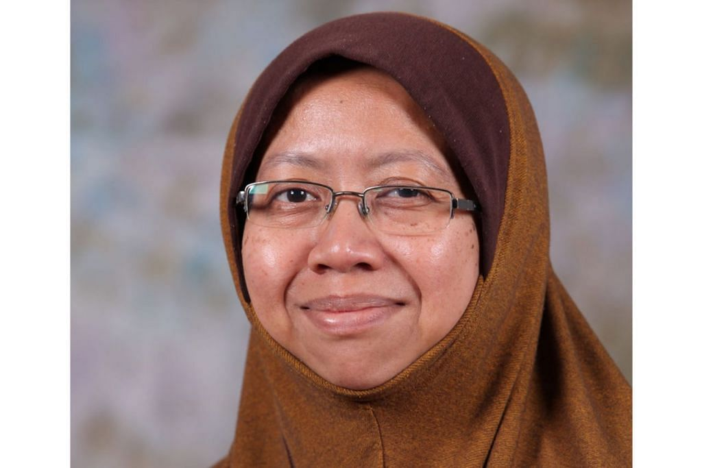 PROFESOR MADYA (PERUBATAN), DR MALINA OSMAN: Majoriti rakyat Malaysia memahami kepentingan mengambil vaksin, namun ada segelintir individu yang memberi pandangan berbeza daripada maklumat sainti?k sehingga menyebabkan sebahagian daripada masyarakat keliru.