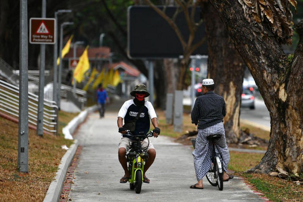 Buku panduan ujian untuk penunggang e-skuter dan e-basikal akan dikeluarkan bulan depan.