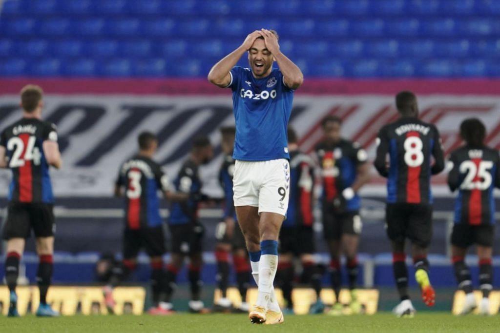 TERLEPAS PELUANG: Reaksi Dominic Calvert-Lewin (dalam gambar) apabila Everton membolos gol di saat akhir untuk seri 1-1 dengan Crystal Palace kelmarin. – Foto EPA-EFE
