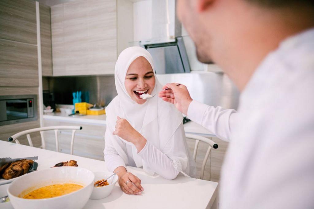HAK DAN TANGGUNGJAWAB: Keindahan hidup berumah tangga dan berkeluarga jelas kelihatan pada pasangan suami isteri yang berusaha untuk mencapai ketenangan 'sakinah', kasih sayang 'mawaddah' dan belas kasihan 'rahmah'. - Foto hiasan ISTOCK