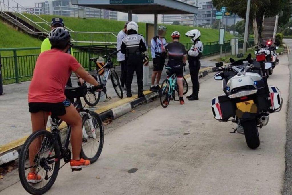 ABAIKAN PERATURAN: Beberapa penunggang basikal ditahan dalam operasi penguatkuasaan Polis Trafik apabila melanggar undang-undang jalanan. - Foto FACEBOOK PENGUASA PENGANGKUTAN DARAT (LTA)