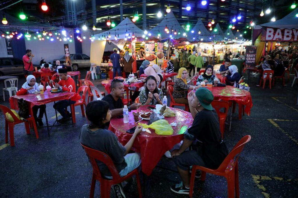 Makanan yang tidak dihabiskan dan dibuang begitu saja adalah antara penyumbang utama kepada peningkatan kutipan dalam bulan Ramadan, selain bungkusan makanan daripada bahan plastik sekali guna.