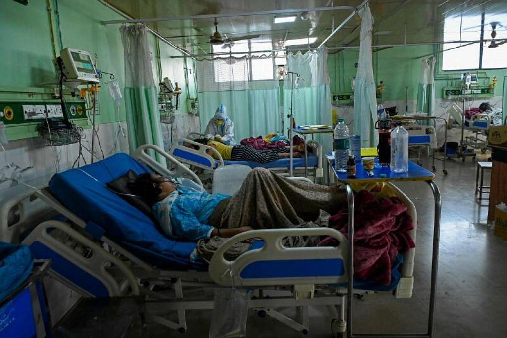 Dengan kekurangan oksigen dan katil di banyak hospital, dan bilik mayat serta tempat membakar mayat yang sarat, pakar berkata bilangan kematian dan kes Covid-19 yang sebenar di India mungkin jauh lebih tinggi.