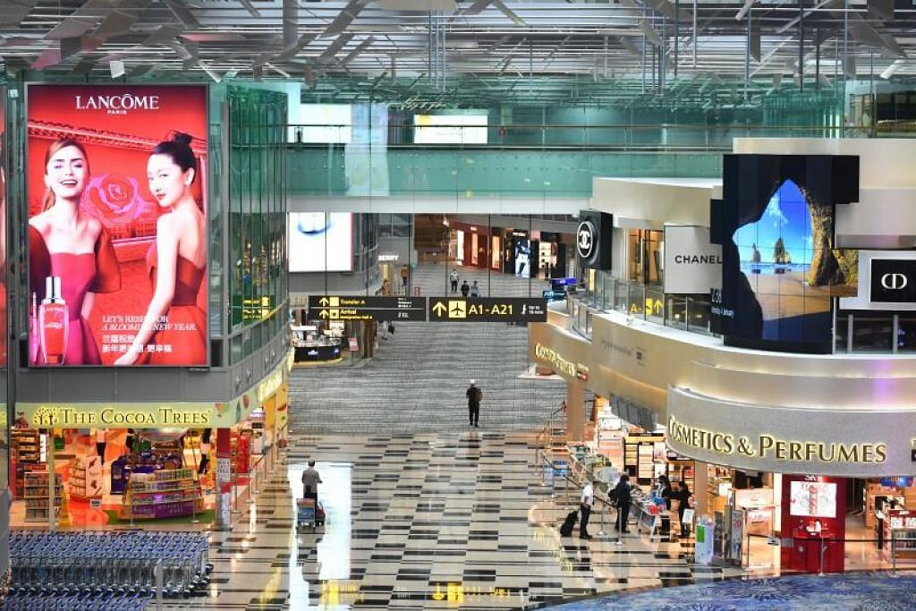 Sebanyak 13 kes dalam masyarakat dikaitkan dengan kelompok Lapangan Terbang Changi, menjadikan jumlah pesakit dalam kelompok aktif terbesar itu seramai 59 orang.