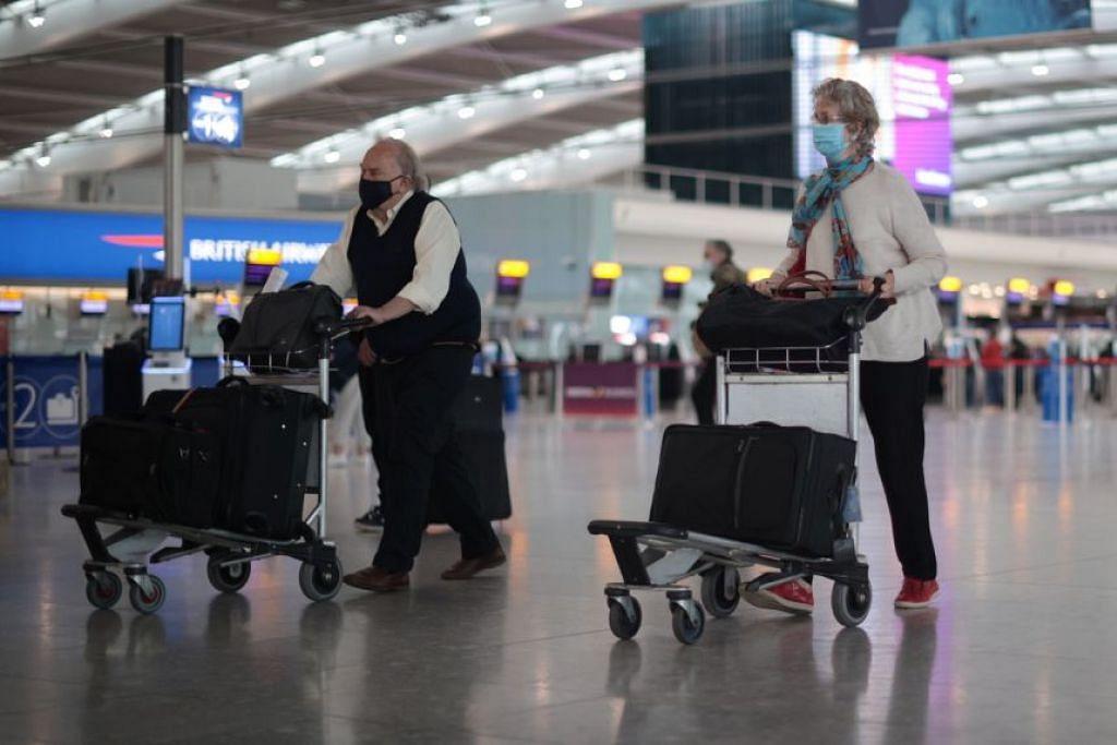 Britain membenarkan perjalanan antarabangsa diteruskan bulan lalu tetapi hampir semua destinasi utama tidak ada dalam senarai negara yang membolehkan pengelakan kuarantin. - Foto Reuters