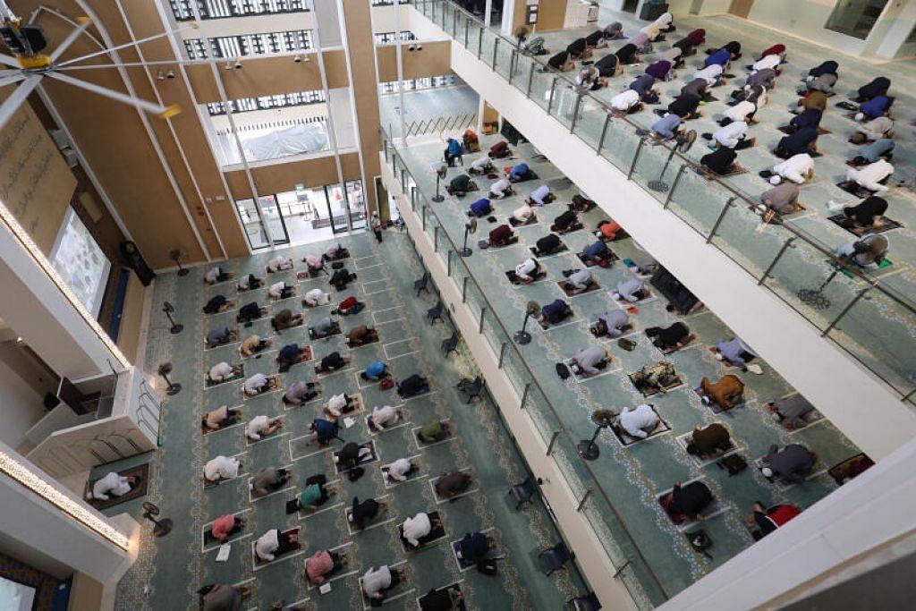 Jemaah tidak lagi perlu membuat tempahan untuk menyertai sesi solat harian secara berjemaah di masjid bermula Rabu depan (1 Sep),