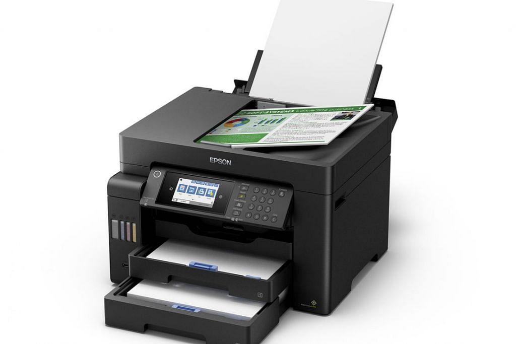 Epson EcoTank L15150 mempunyai beberapa ruang simpanan kertas.