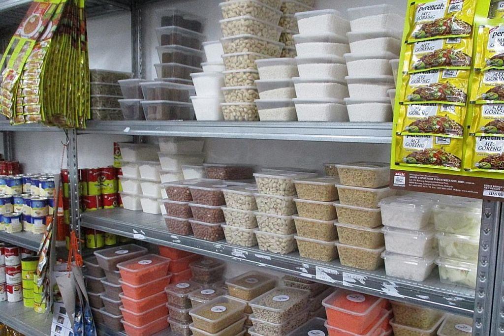 Pemilik syarikat penghantaran didenda bungkus semula barangan di premis tidak berlesen
