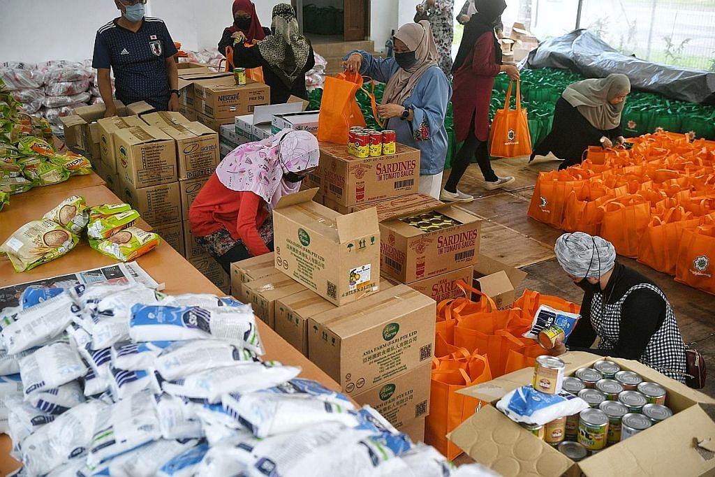 Barangan dapur, wang bagi 400 penerima projek Ramadan