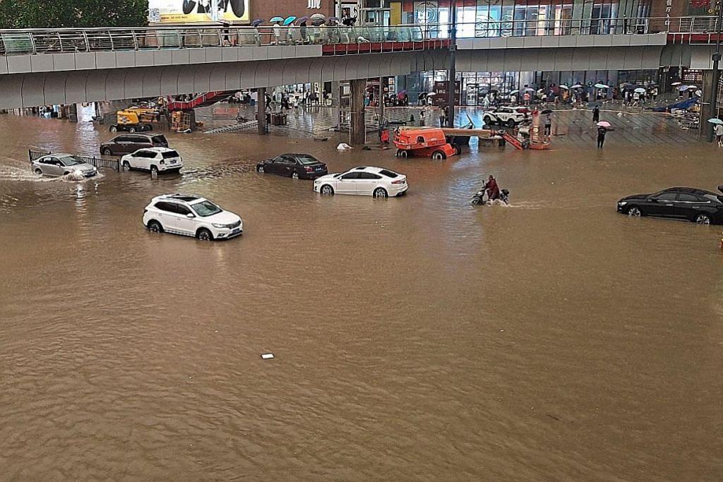 12 korban kejadian hujan lebat di Henan, China