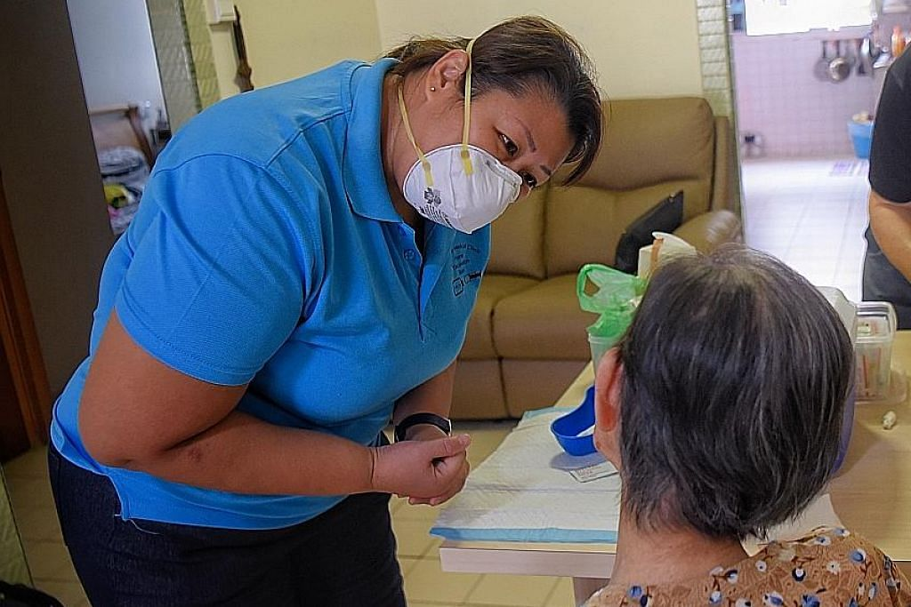 Vaksinasi: Mengapa warga emas perlukannya