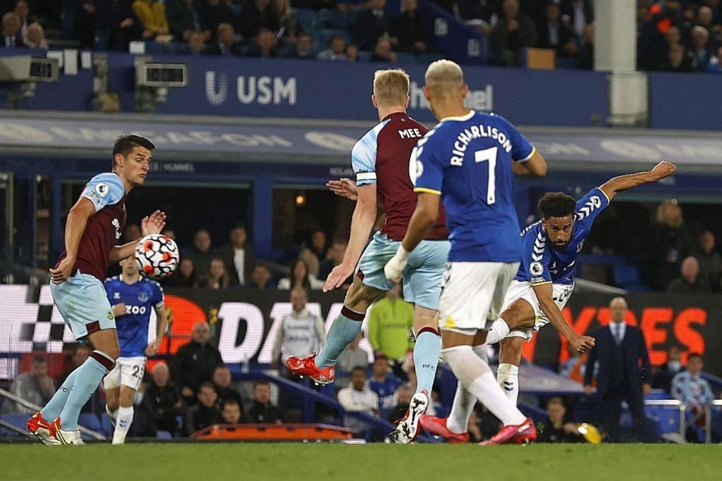 Townsend menyerlah bantu Toffees bangkit tundukkan Burnley 3-1